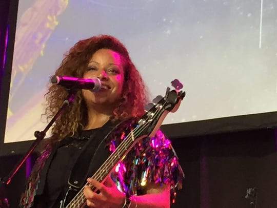 Nicole Nelson performs with Dwight & Nicole at Waterfront