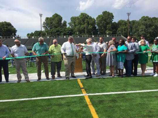 Bossier officials cut the ribbon on Bossier High's