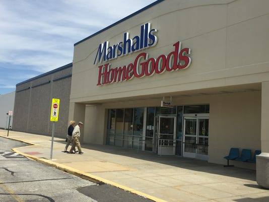 new marshalls homegoods store bringing more shopping jobs to sparks. Black Bedroom Furniture Sets. Home Design Ideas