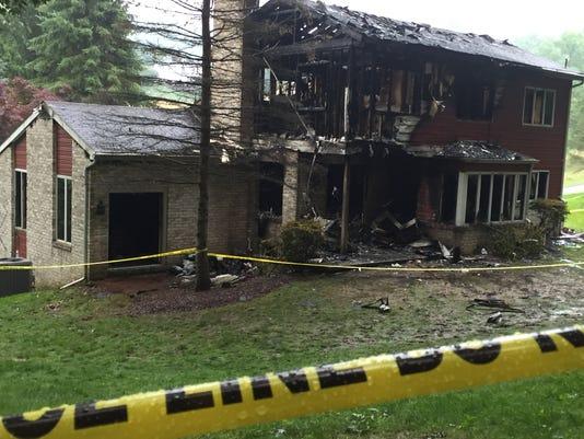 1-housefire.jpg