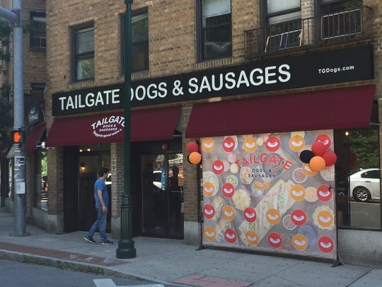 Tailgate Dogs & Sausages, a sports-themed restaurant that specialized in hot dogs and sausages, has closed.
