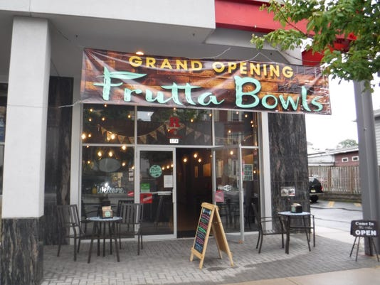 636681306299414102-Frutta-Bowls-at-37-Easton-Avenue.JPG