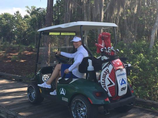Annika Sorenstam  will host a free golf clinic Aug.