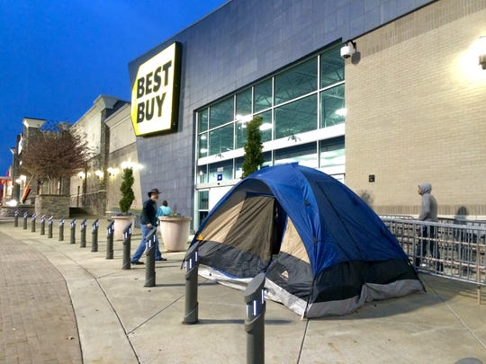 Kathy Freyer and Angie Tatum's tent outside Best Buy on Wednesday, Nov. 26.
