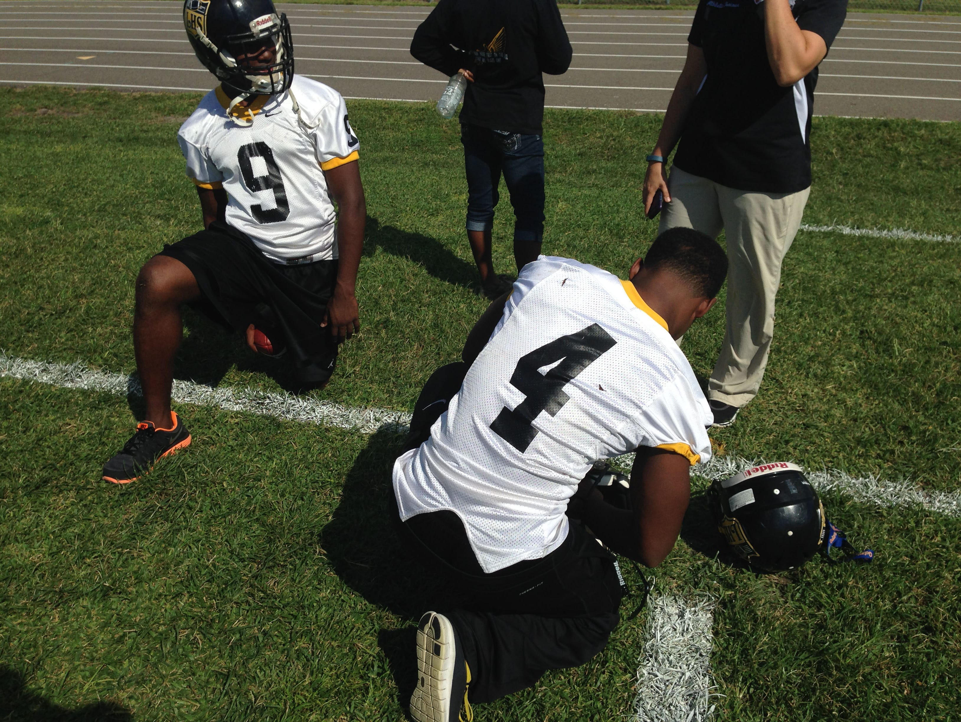 Some Lakewood High players will be wearing concussion sensors in their helmets during Friday's game.