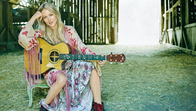 Jewel is sharing her life story on stage with Cirque du Soleil on March 2.