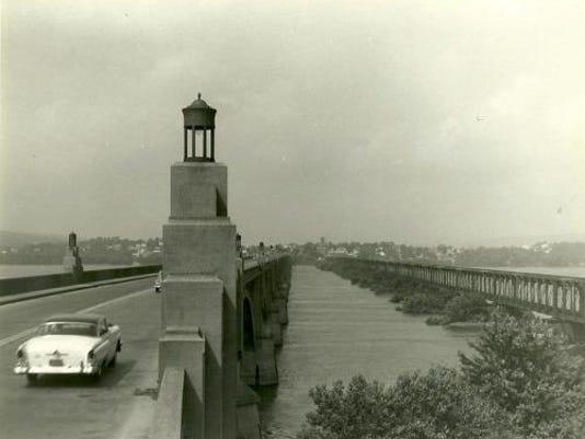 memorial-bridge_500