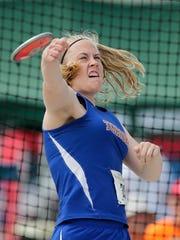 Appleton West's Lauren Lietzke throws in the division