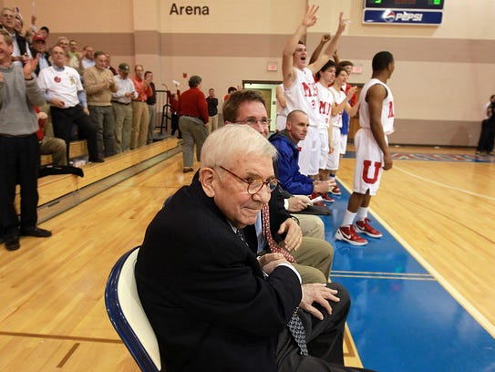 Jerry Peters, shown here on the night of his 1,000th victory in 2012, died Monday at the age of 79.
