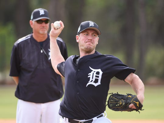 a85be4725 For Tigers' and former Express Pitcher Zimmermann, hunting season starts  anew