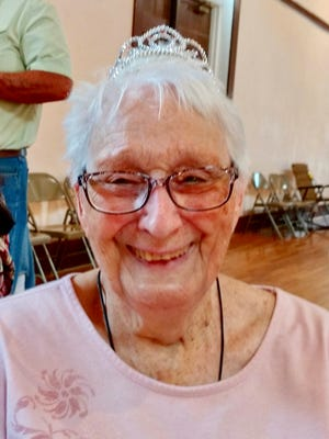 Artist Patty Frances Kingston Towler, longtime resident of Balmorhea and Pecos, recently celebrated her 90th birthday.