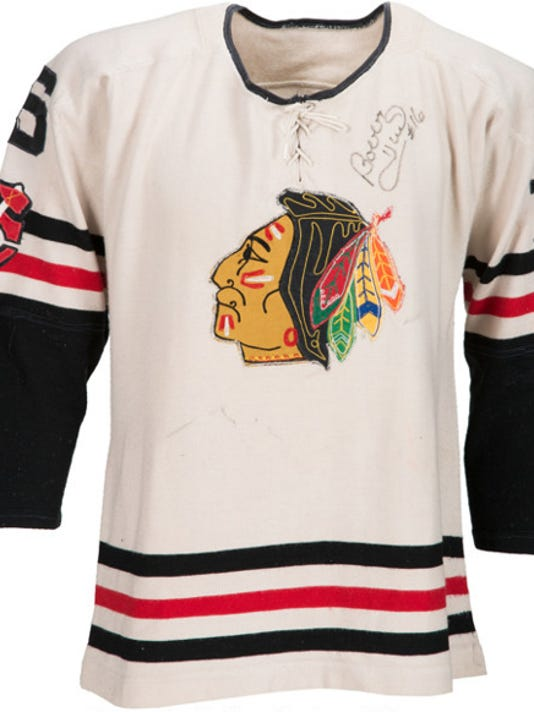 low priced 863fc f575d Bobby Hull jersey part of history for Chicago family