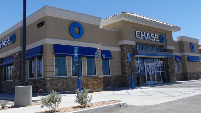 Monday was opening day for the new Chase Bank on the southeast corner of Apple Valley and Bear Valley roads in Apple Valley.