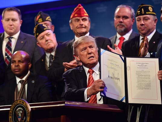 US-POLITICS-TRUMP-SIGNING