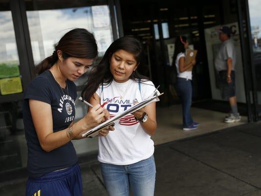 Divided America El Voto Latino (2)