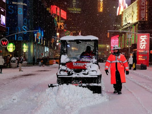 635579066844830475-snow