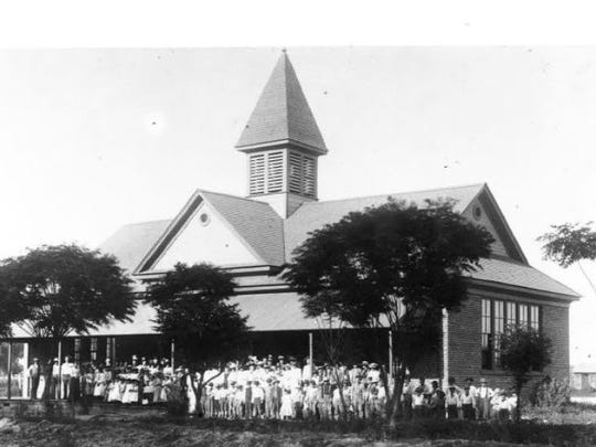 Alma Elementary School was completed in 1896.