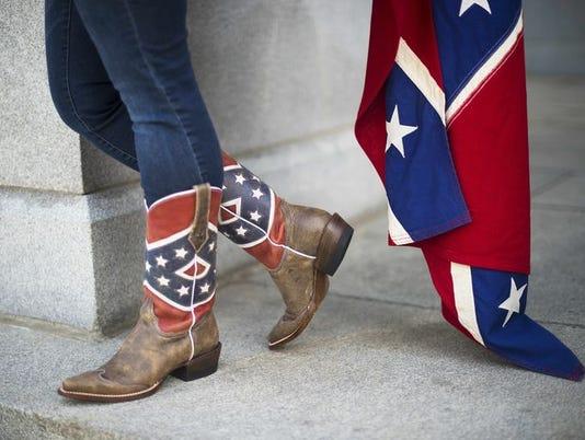 635713574895927254-Pro-confederate-flag