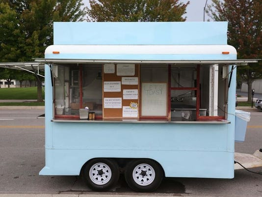 635763557221692066-let-s-toast-food-truck