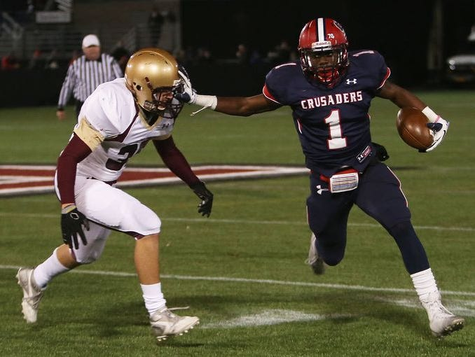 Stepinac defeated Iona 16-14 to win the CHSFL championship game at Fordham University in the Bronx Nov. 22, 2014.