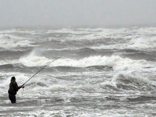 635794141288978585-East-Coast-Rainstorm-New-Jersey.1