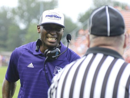 Fremont Ross coach Craig reacts on the sideline during the Little Giants' game at Southview.