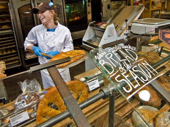 Whole Foods has announced an early November opening date for its south Fort Myers store.