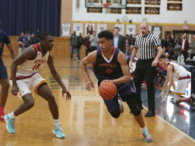 Stepinac's Jordan Tucker drives to the basket. Cardinal Hayes defeated Stepinac 64-63 in overtime to win the CHSAA semifinal game at Mount Saint Michael Academy in the Bronx Feb. 23, 2016.