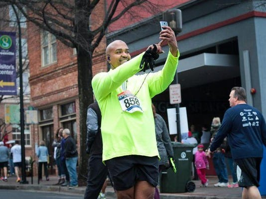 -The-Run-Downtown-presented-by-The-Greenv.jpg
