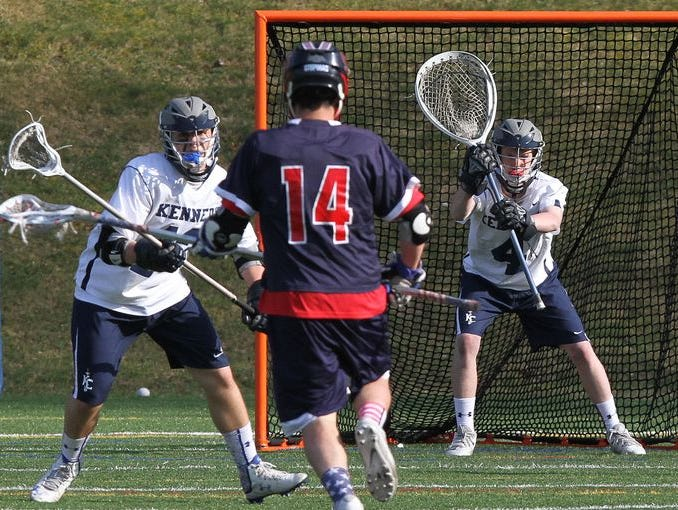 With only four players from last season back in the lineup, the Gaels are looking for new stars and new combinations.