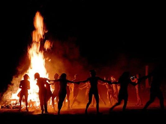 636058496991455604-RGJ-file---1997---fire-dance.jpg