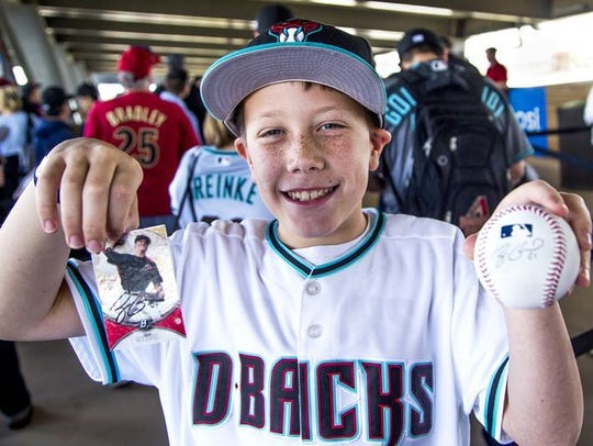 Catch an autograph at the Subway D-backs Fan Fest on