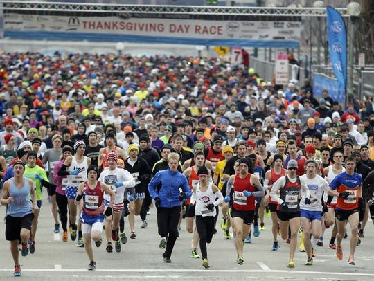The start of the 105th annual Thanksgiving Day Race