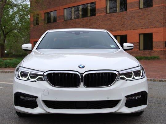 2017-BMW-530i-Exterior-Front.jpg