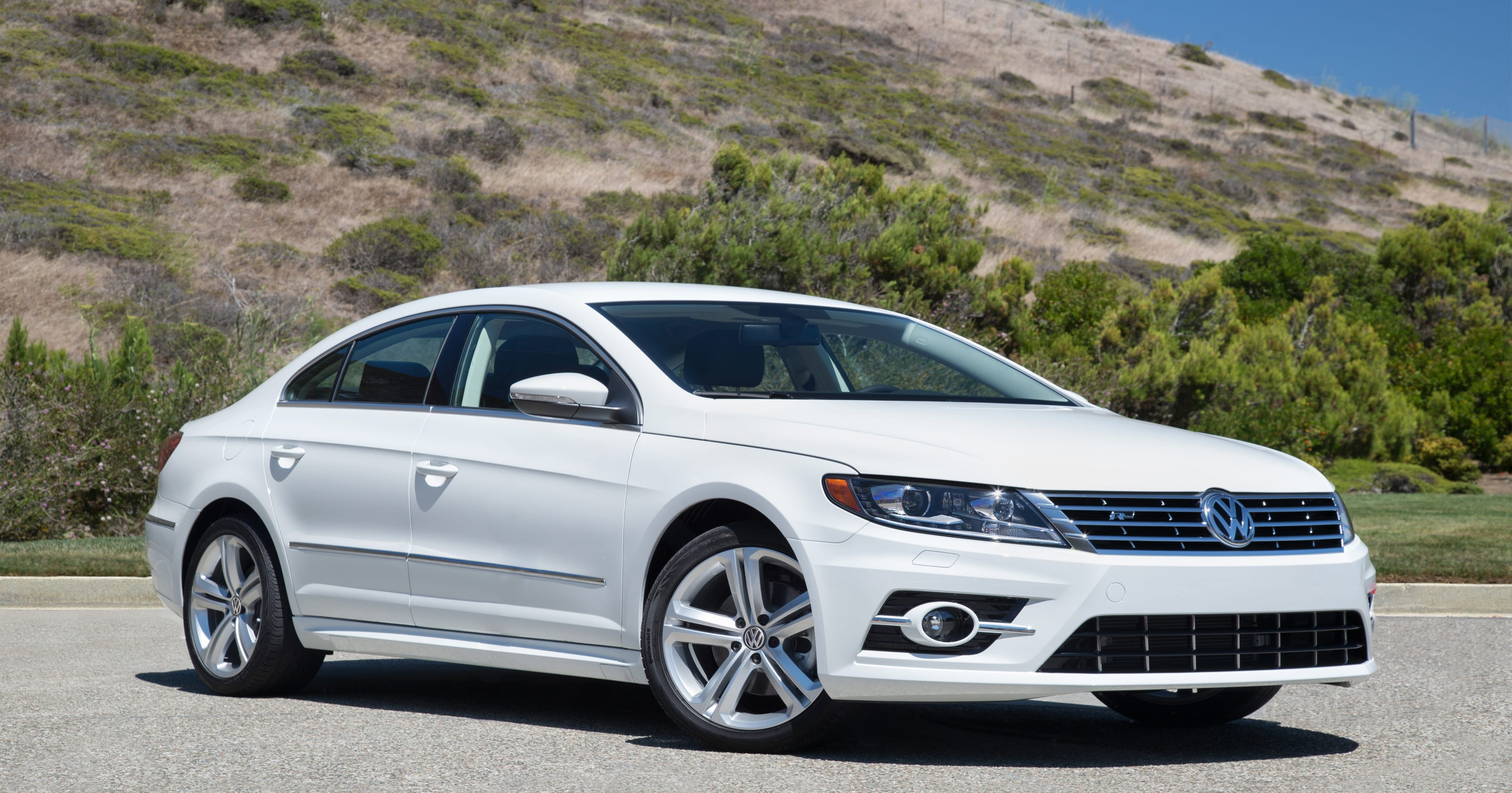 car review 2016 volkswagen cc r line. Black Bedroom Furniture Sets. Home Design Ideas