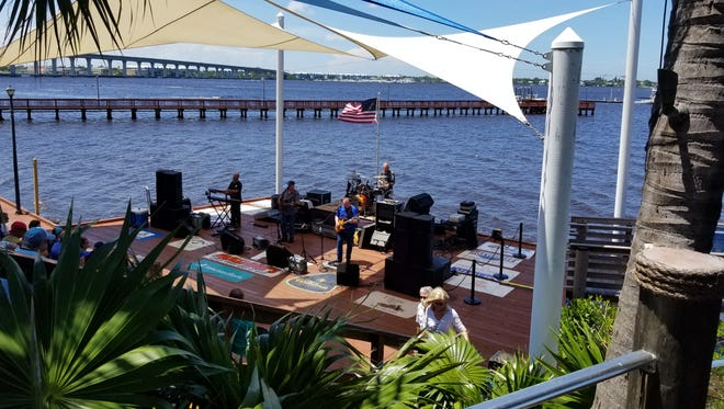 Explore the green market, have lunch and listen to music on Sunday afternoon in downtown Stuart.