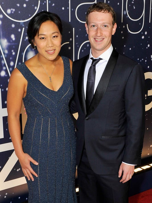 (FILE) Mark Zuckerberg Welcomes A Daughter And Gives Up Facebook Shares Breakthrough Prize Awards Ceremony Hosted By Seth MacFarlane