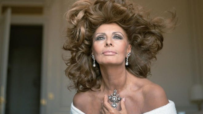 Sophia Loren's September show will include a candid Q&A and tales about her life.