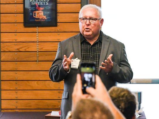 Bill Fontenot introduces Lt. Gov. Billy Nungesser in