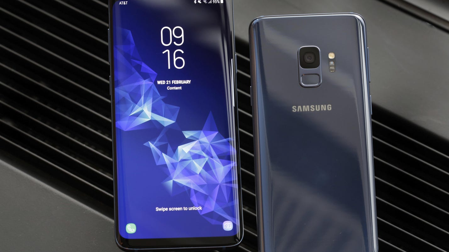 New Samsung phone: New camera, same look, higher price