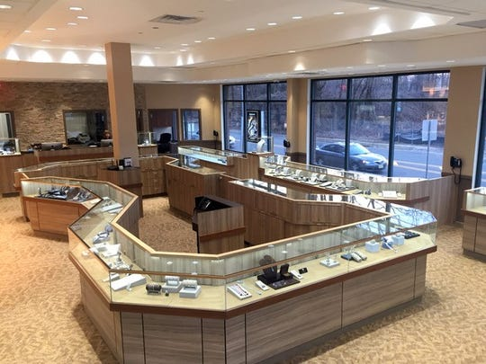 Leonardo Jewelers has opened a second location at  665 Middlesex Ave., Metuchen. A grand opening will be held from 4 to 8 p.m. Thursday, Nov. 2.
