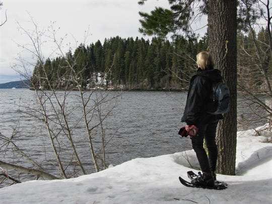 Janell Sorensen snowshoes at Odell Lake.