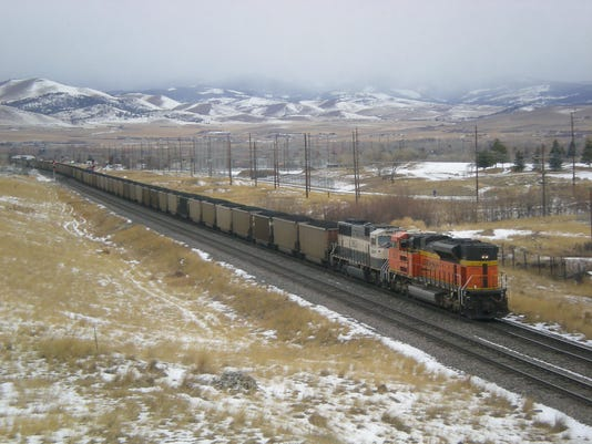 -coal train for online.jpg_20130424.jpg