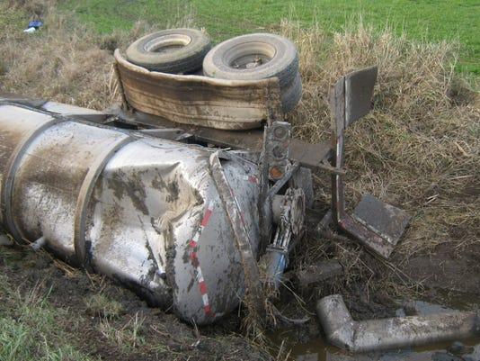 semi crash 1