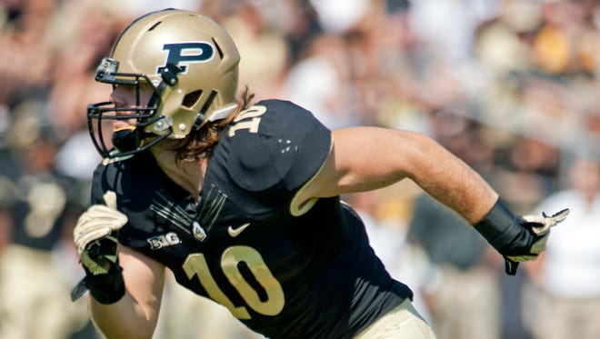 Purdue named Sean Robinson one of four captains for the 2014 season.