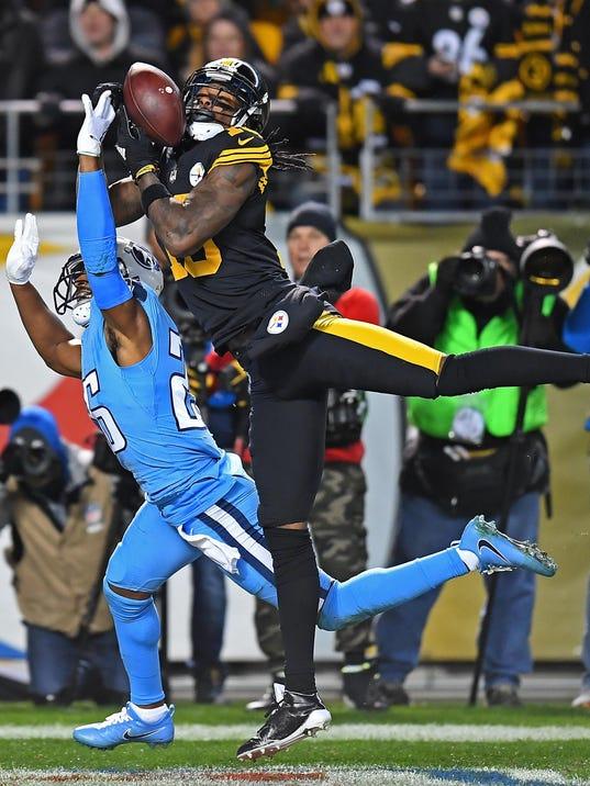 BESTPIX - Tennessee Titans v Pittsburgh Steelers