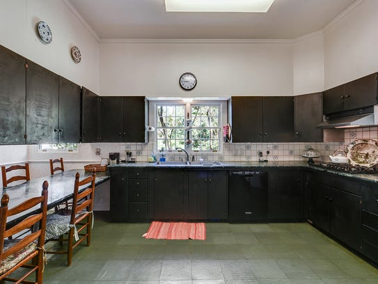 The kitchen can be updated for a fabulous cooking and