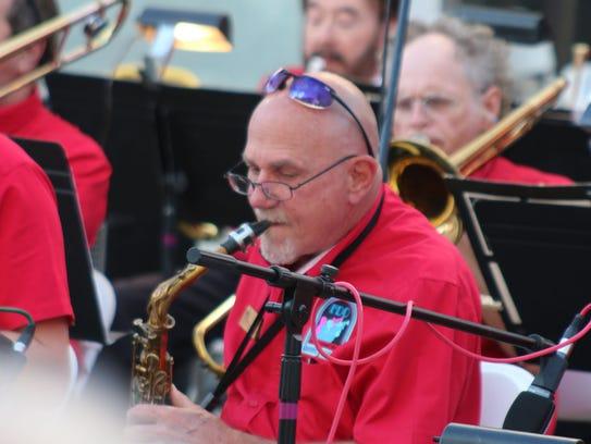 Al Hager leads the 18-piece FDO, Big Swingin' Band