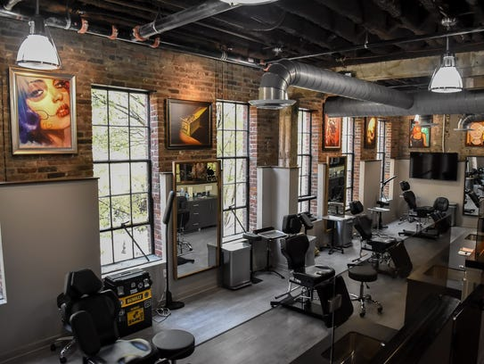 Carey hart opens tattoo shop in downtown nashville for Tattoo places in nashville