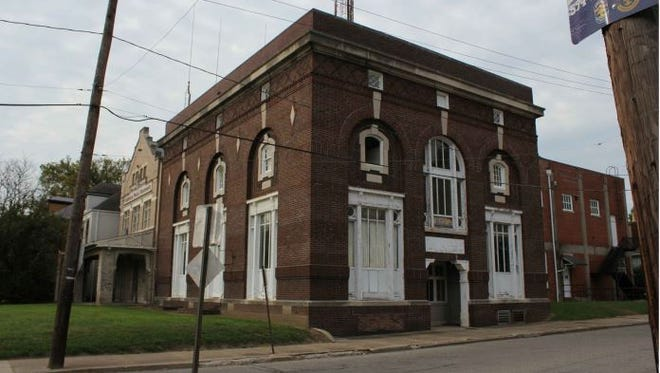 One of two buildings on Bardstown Road the city has declared surplus to sell them.